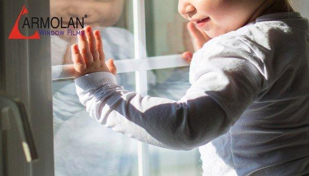 В Новочеркасске из окна квартиры выпал шестилетний мальчик