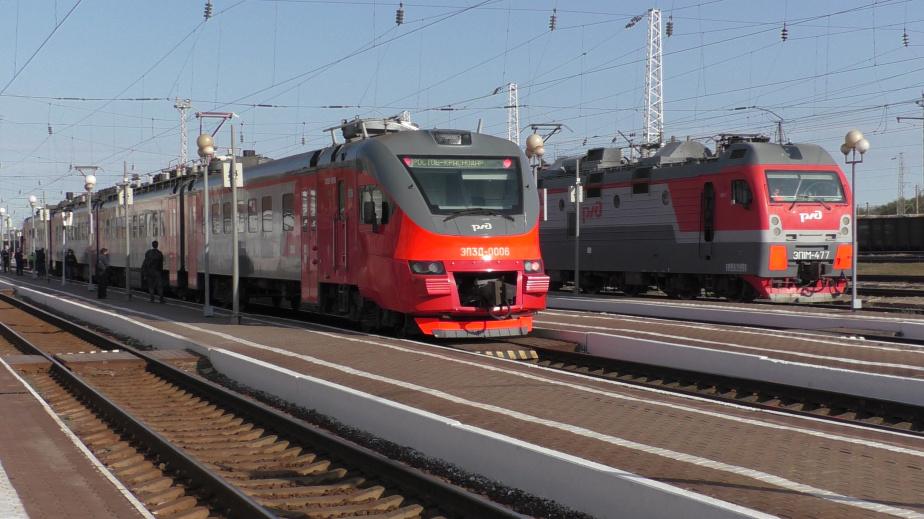 На Новый год через Батайск пройдут дополнительные поезда